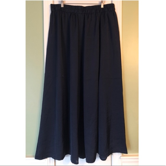 Lane Bryant Dresses & Skirts - Lane Bryant Navy Blue Silky Stretch Maxi Skirt